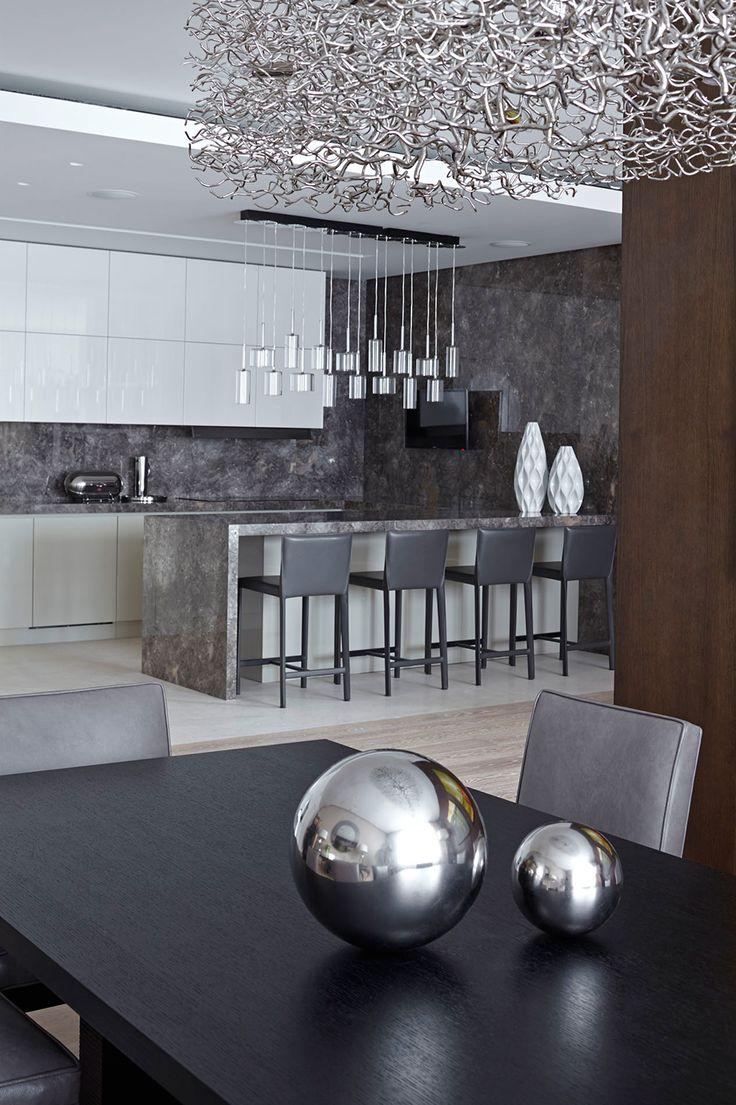 idea-de-decoracion-en-cocina-color-gris-detalles-plateados