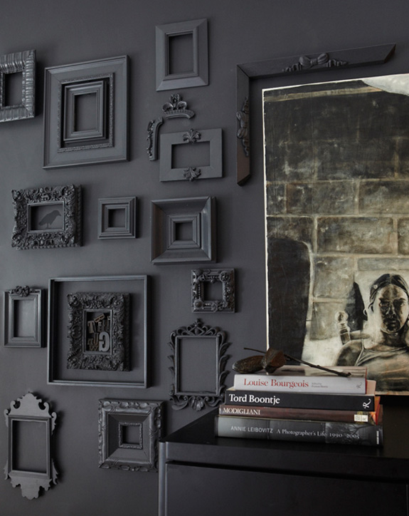 idea-para-decorar-pared-marcos-vintage-en-color-gris | Decoracion de ...