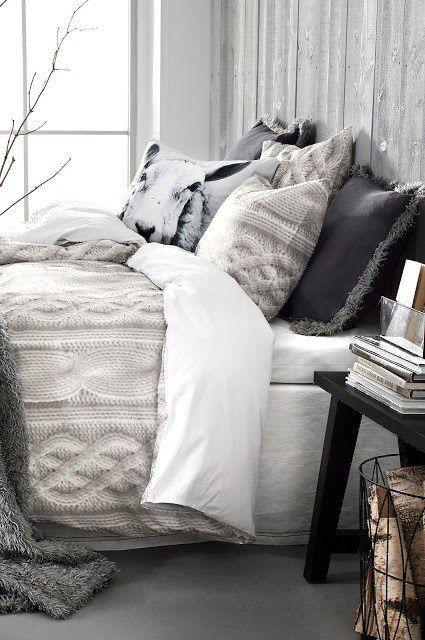 idea-para-decorar-recamara-con-cojines-grises