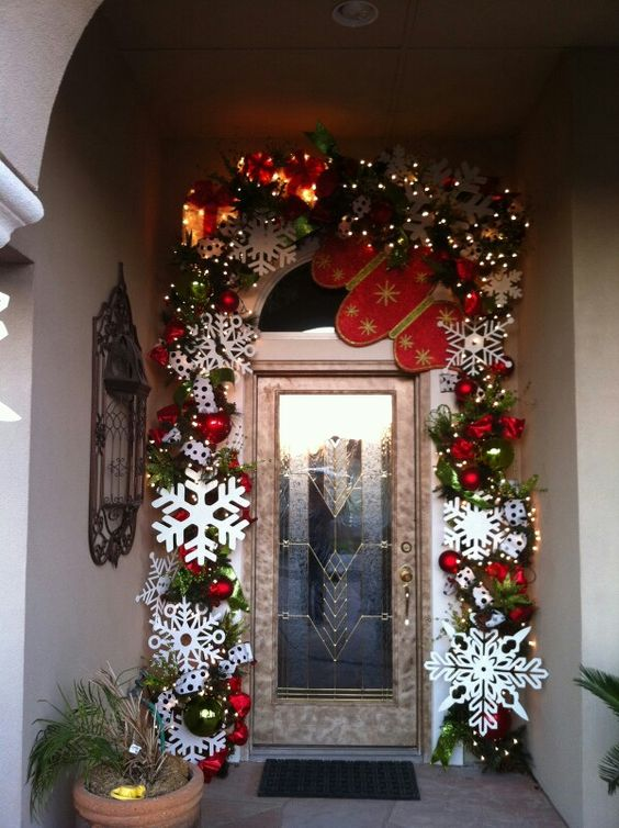 00c0f38df6c Ideas para decorar la entrada de tu casa esta navidad 2016-2017 (13 ...