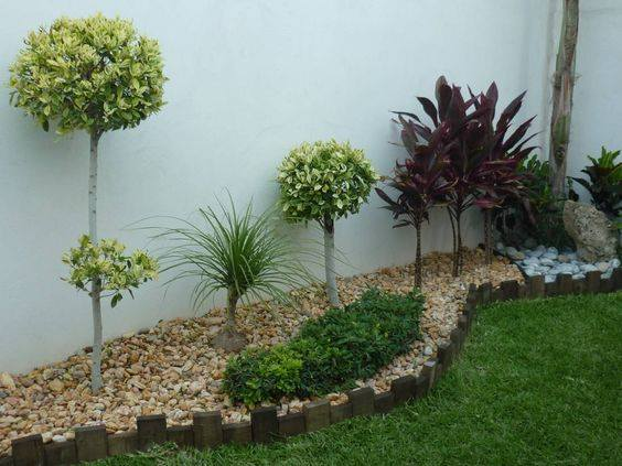 Ideas jardin pequeo jardin trasero pequeno vallas altas - Ideas para decorar un jardin pequeno ...