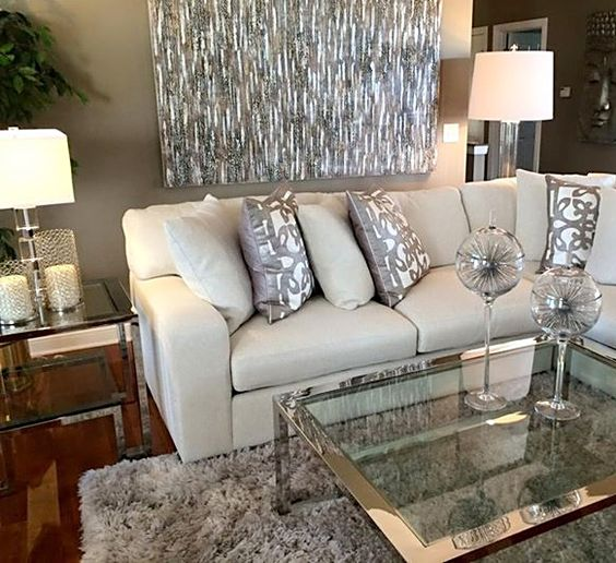 Decoraci n de interiores con complementos plateados 7 for Complementos de decoracion