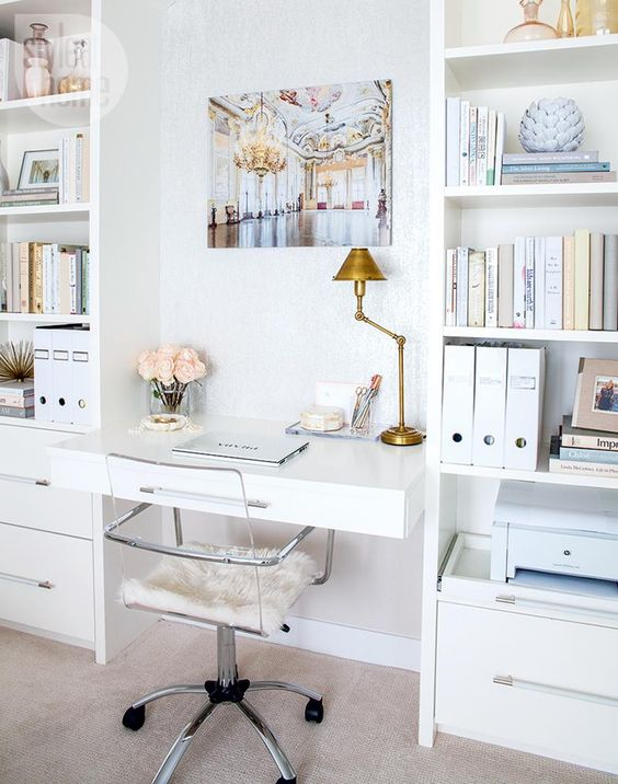 Dise os de escritorios para oficinas en casa 17 for Escritorios para oficina en casa