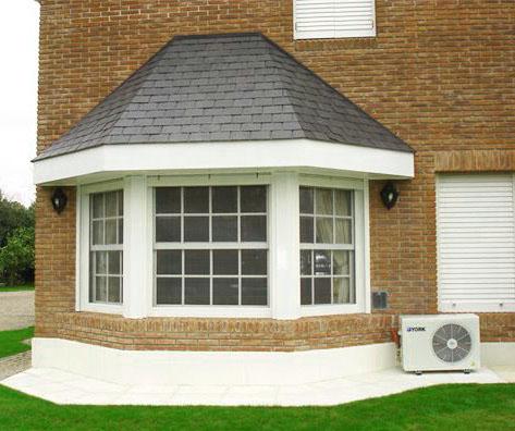 Dise os de ventanas para decorar tu casa 12 curso de - Tipos de tejados para casas ...