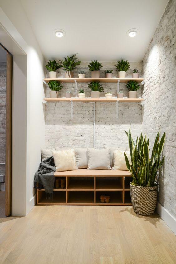 24 ideas que te inspiraran a remodelar la entrada de tu for Clases de decoracion de interiores