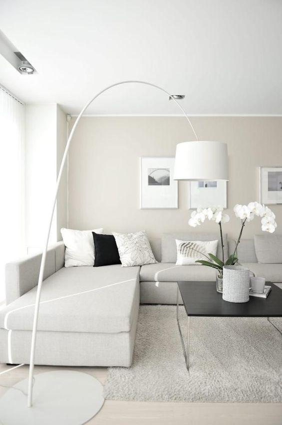 Como decorar una sala de casa de infonavit ideas 2018 for Lamparas para salas pequenas