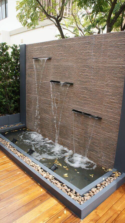 24 fuentes y muros llorones que te van a gustar para tu - Fuentes de patio ...