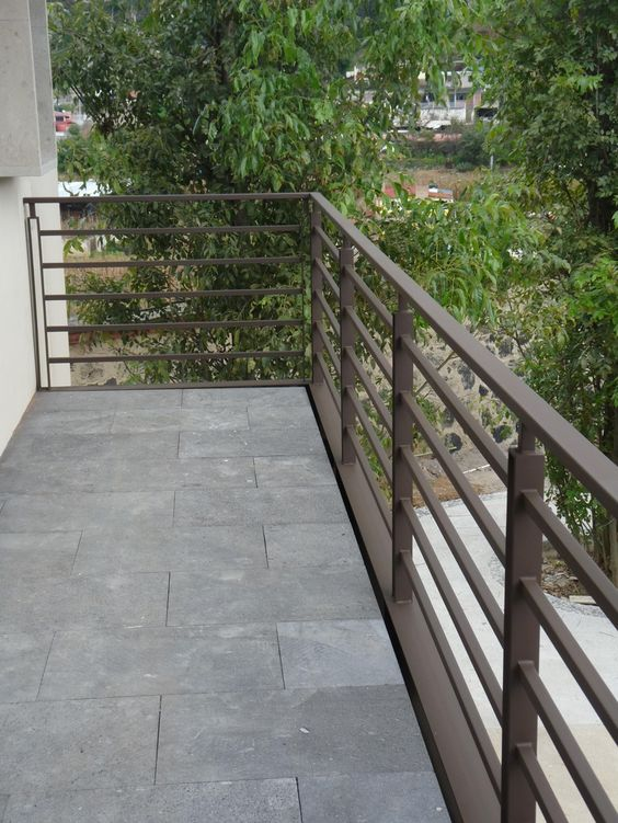 25 disenos de barandales para escaleras interiores y for Diseno de interiores y exteriores