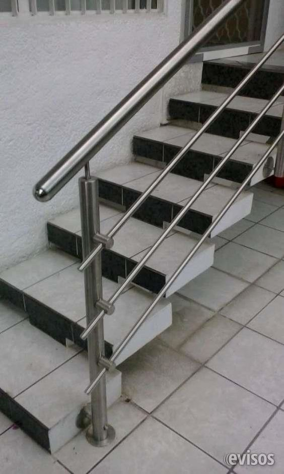 25 dise os de barandales para escaleras interiores y for Decoracion para pared de escaleras