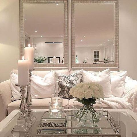 Ideas para decorar tu sala de estar con espejos 22 for Idea sala de estar cuadrada