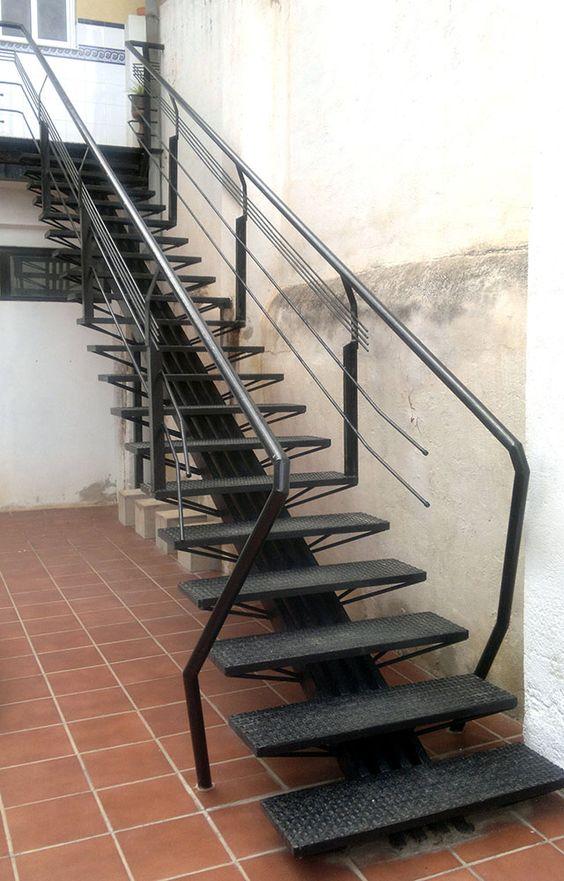 Arquitectura Casas Escaleras Exteriores Arquitectura: Tendencias-en-escaleras-interiores-de-herreria (14)