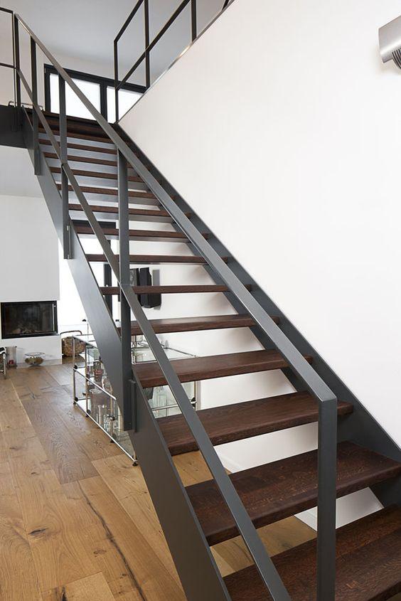 Tendencias en escaleras interiores de herreria 16 Escaleras herreria para interiores
