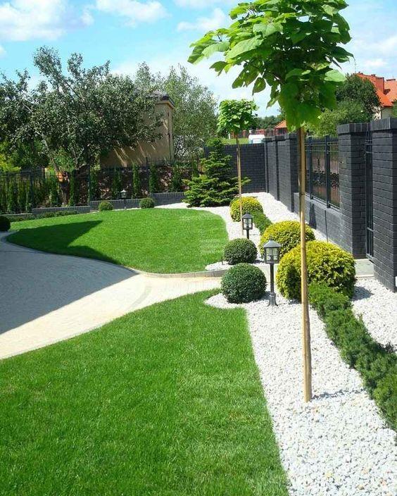 30 ideas preciosas para decorar tu jardin con grava blanca 13 decoracion de interiores - Jardin con grava ...