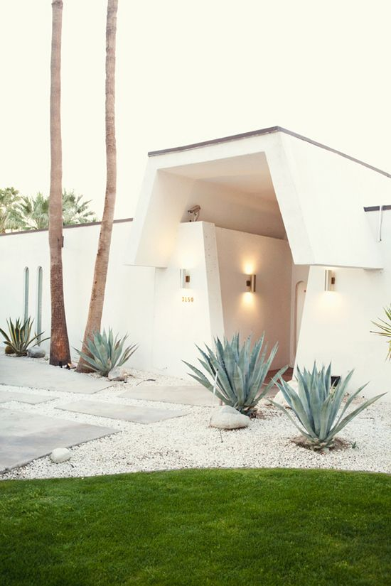 30 ideas preciosas para decorar tu jardin con grava blanca 7 decoracion de interiores - Jardin con grava ...