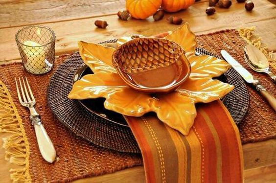 Como Poner una Mesa para el Día de Acción de Gracias