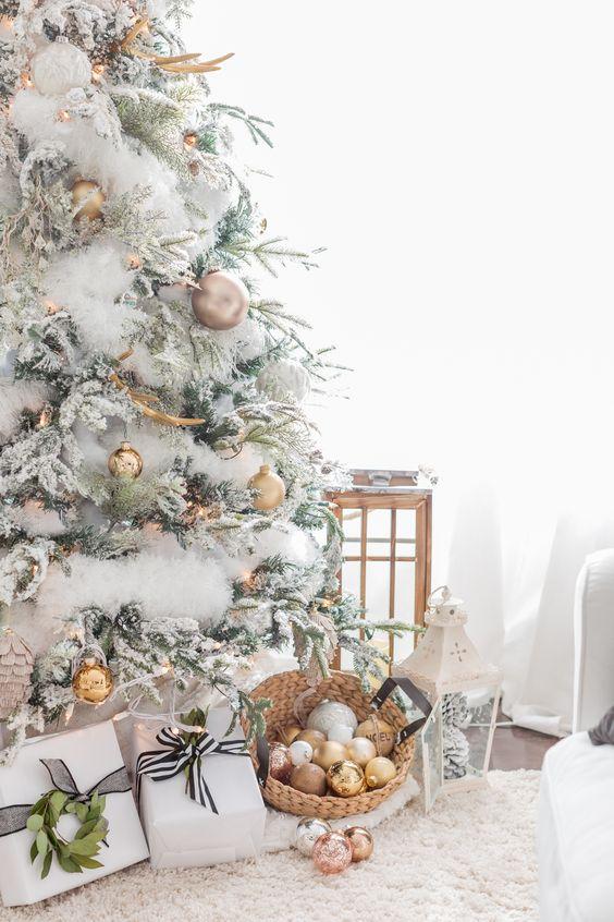 Decoracion de pinos navideños