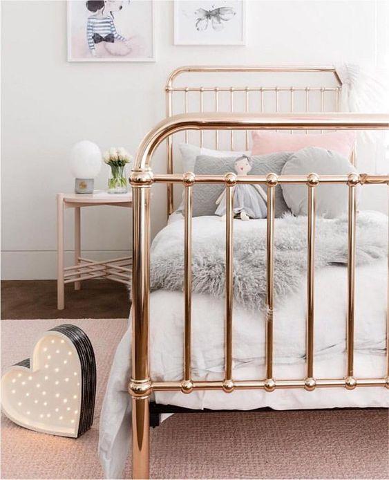 Decoración de cuartos con rosa gold