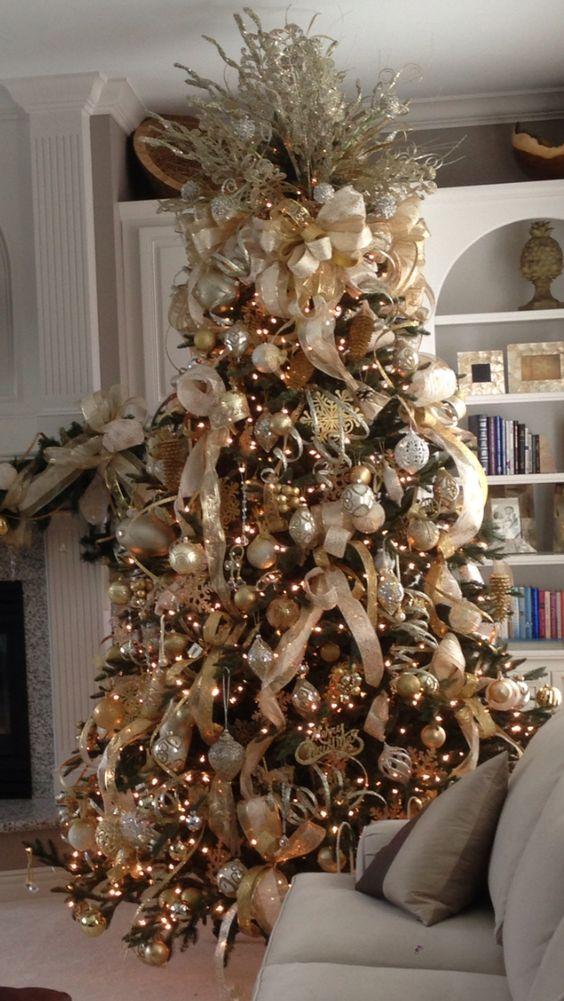 Tendencias en decoracion de navidad color dorado - Como decorar arboles de navidad color blanco ...