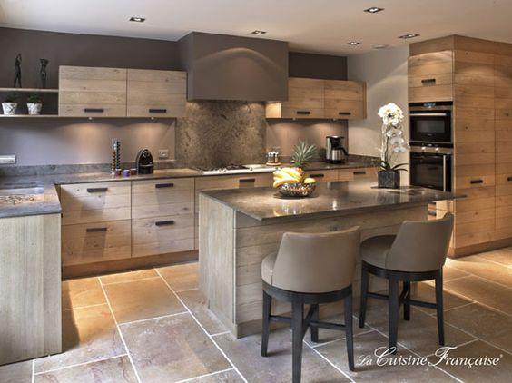 Disenos de cocinas modernas con desayunador 24 curso for Cocinas modernas pequenas para apartamentos con desayunador