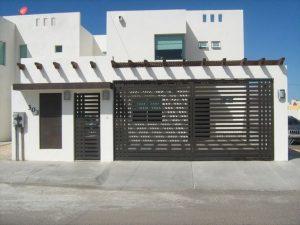 Fachadas de casas de infonavit con cochera
