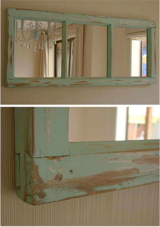 Espejo de puerta reciclada