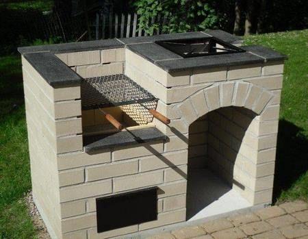 Materiales para construir un área para parrilladas en casa