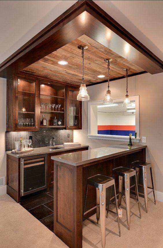 ¿Tienes bar en casa? Mira como decorarlo