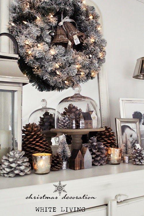 Decoración navideña en blanco y negro para chimeneas