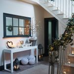 10 Ideas para Agregar Toques Navideños al Recibidor de tu Casa