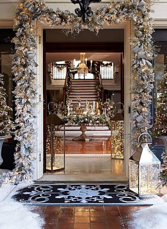 Dale la Bienvenida a la Navidad decorando la Entrada de tu Hogar