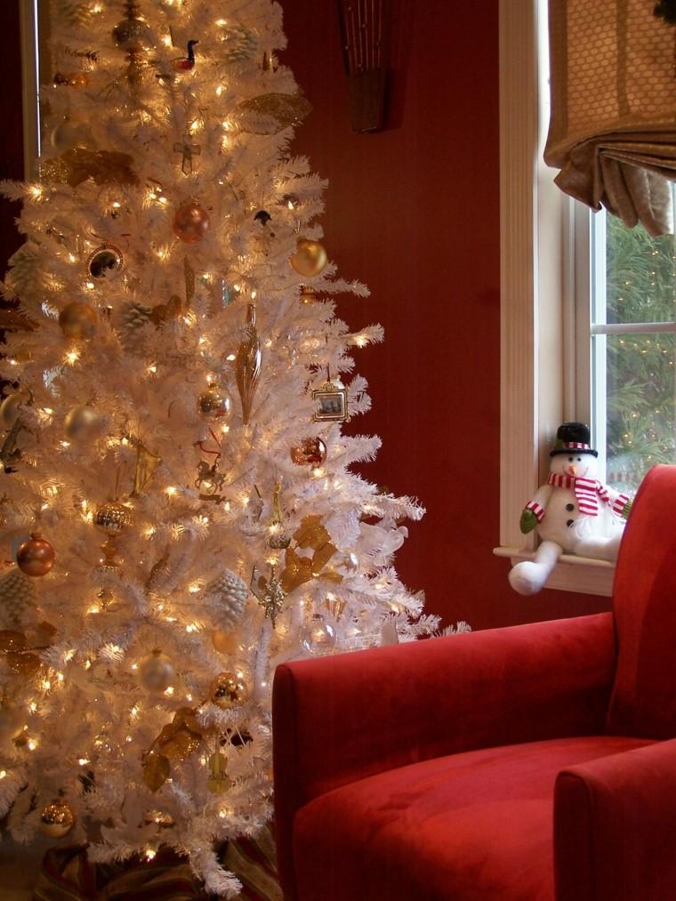Decoracion de navidad en color dorado