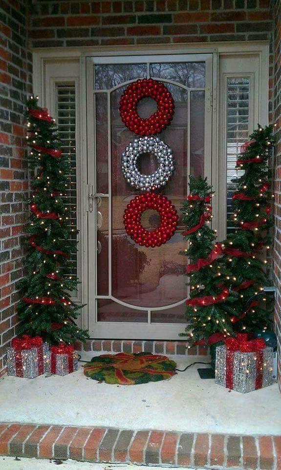 468654dc8d9 Ideas para decorar la entrada de tu casa esta navidad 2017 – 2018 (19)
