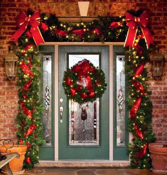Ideas para decorar la entrada de tu casa esta navidad 2017 for Decoracion casa 2017