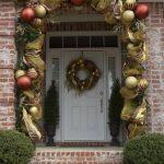 Ideas para decorar la entrada de tu casa esta navidad 2017 - 2018 (34)