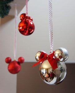 Decoración Navideña con Mickey Mouse