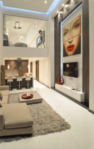 espacios compartidos con techos altos