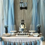 decoracion de un baby shower con guirnaldas de papel