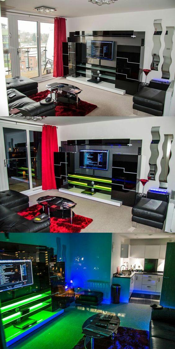 Decoración de sala principal con estilo geek