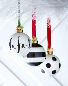 adornos navideños modernos para el arbol