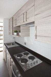 Cocinas de madera modernas pequeñas