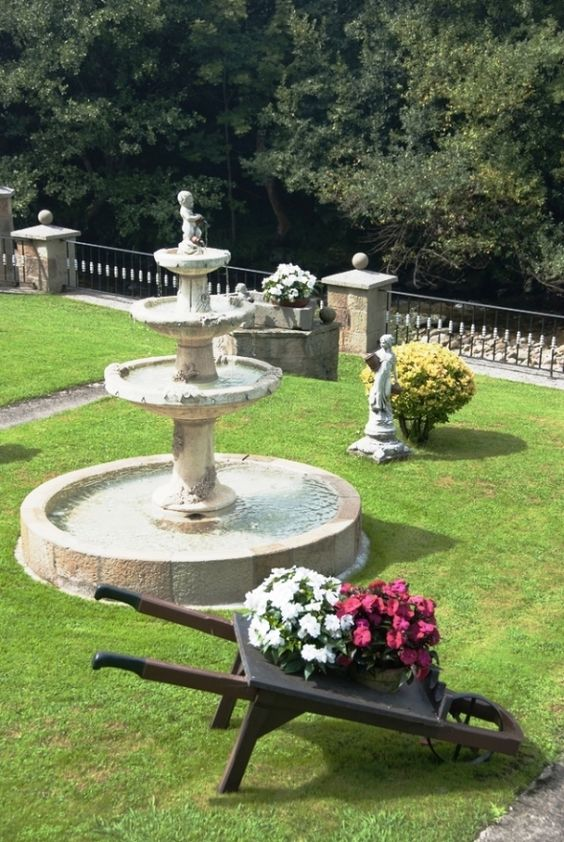 Fuentes de jardin clasicas