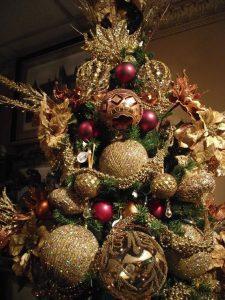 arbol de navidad dorado