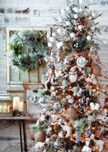 arbol de navidad dorado y plateado