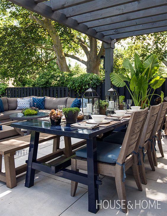 Muebles para jardines modernos tendencias para jard n 2018 for Mesas diseno famosas